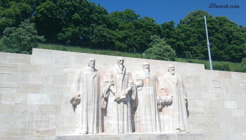 mur des réformateurs Genève ellecroit.com