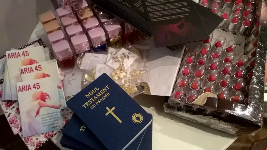aide prostituée nouveau testament Bible FREE ellecroit.com
