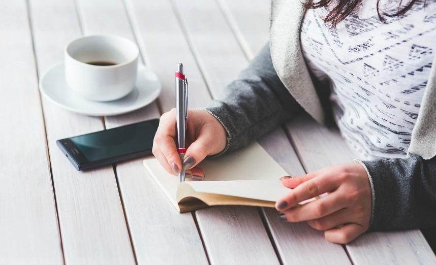 réfléchir blogging chrétien ellecroit.com