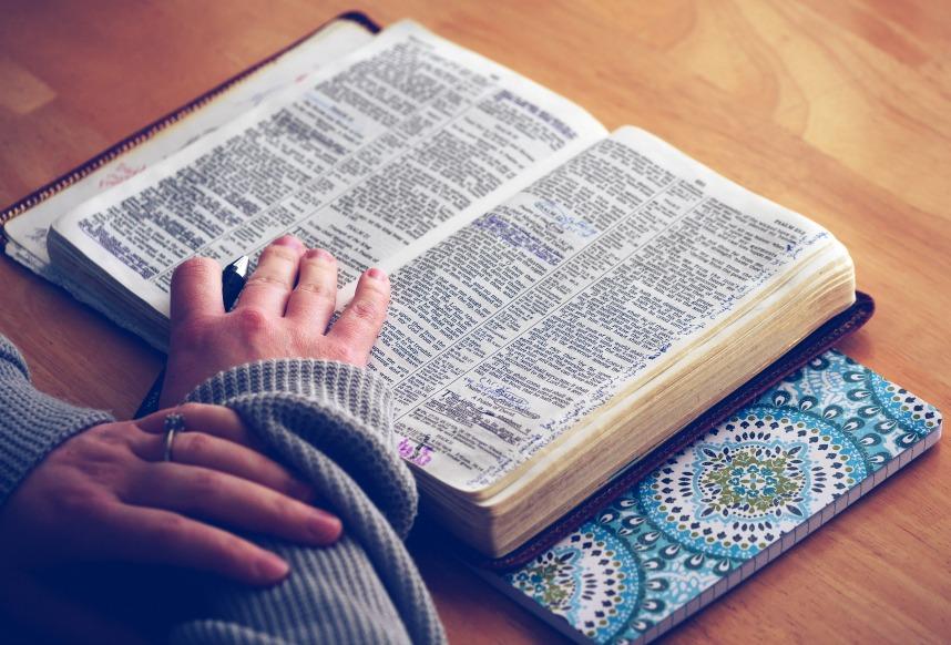 lire toute sa Bible ellecroit.com