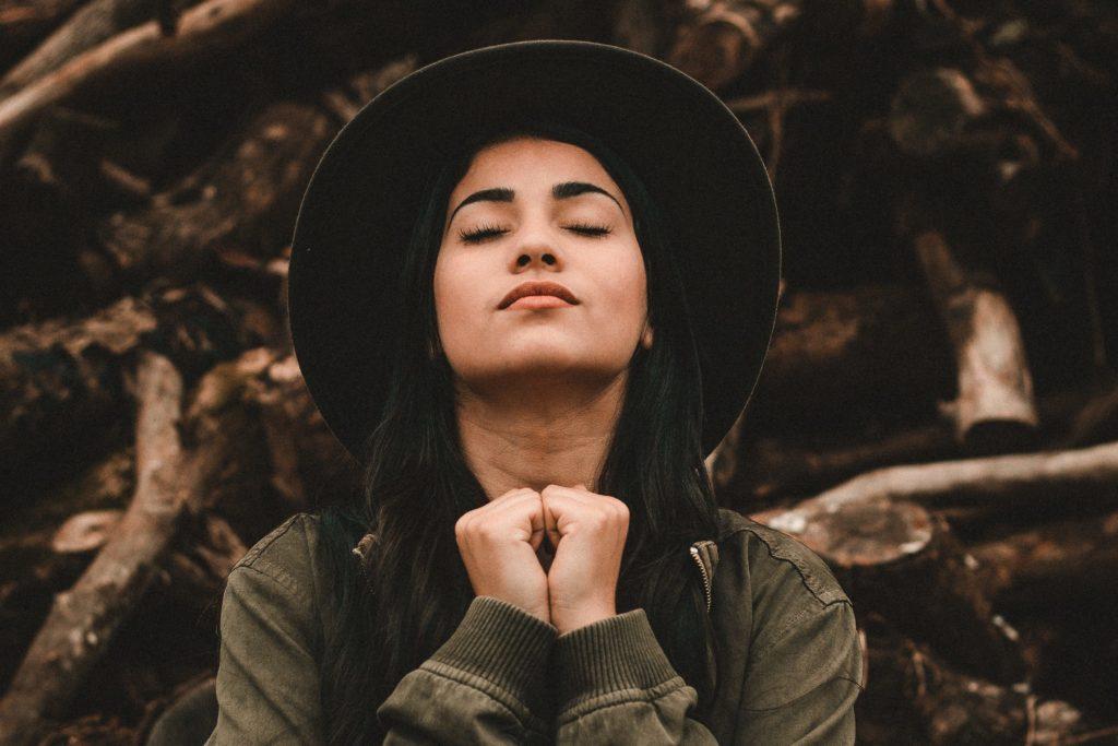 temps de prière personnel routine spirituelle ellecroit.com