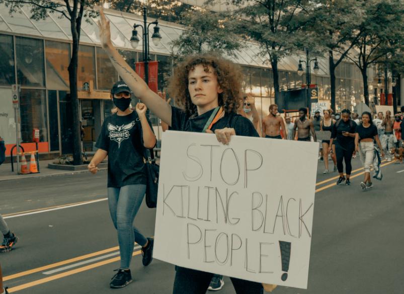 stop tuer black ellecroit.com